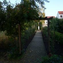 Weg im Mutterhaus-Garten