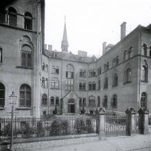 Ansicht Mutterhaus von der Neuen Straße (vor 1945)