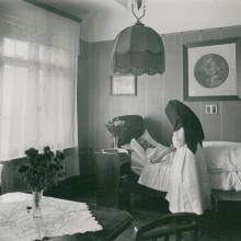 Krankenpflege (um 1930)